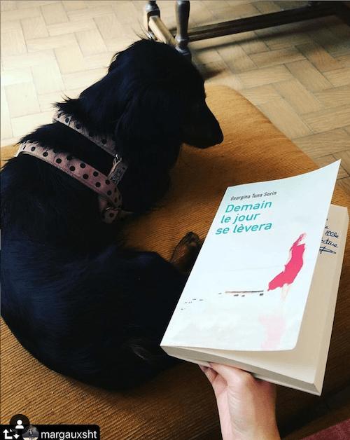 Margaux, mon livre, et son magnifique chien