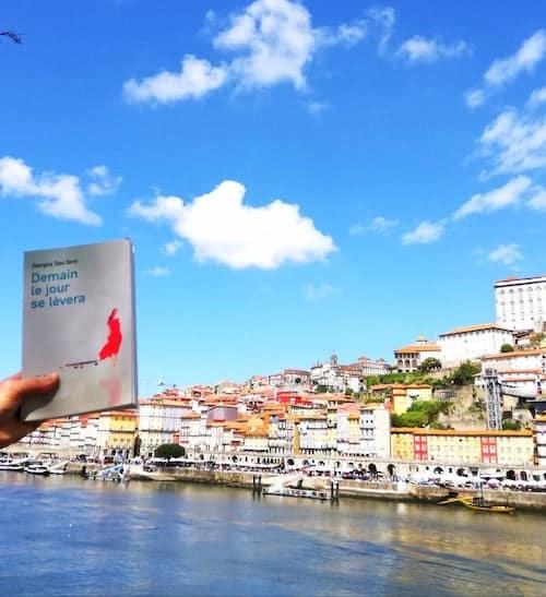 Florence fait découvrir Porto à Anna
